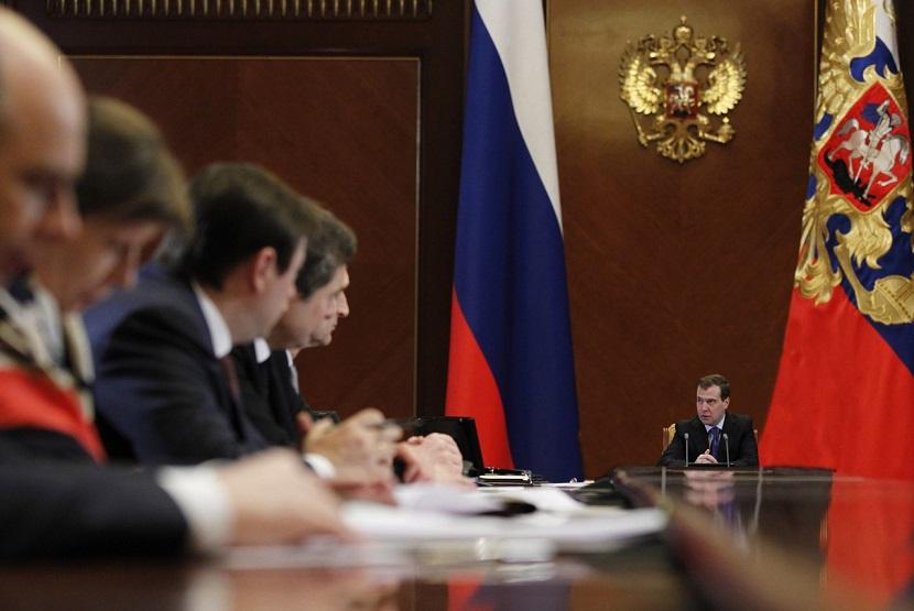 Премьер-министр призвал ограничить необоснованный рост тарифов на газ и электроэнергию